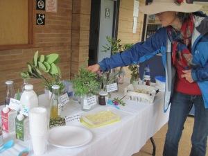 Tasting indigenous edibles